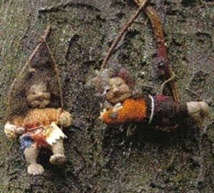 Billede af Alle materialer til 2 troldebørn 28 cm.