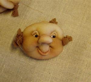 Billede af Færdigsyet troldeansigt smilende